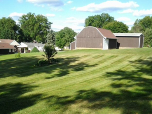akron oh, green grass, mowing, lawn care, aeration,