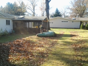 bagging leaves, akron oh, fall clean up, fall, barberton oh, kenmore oh,