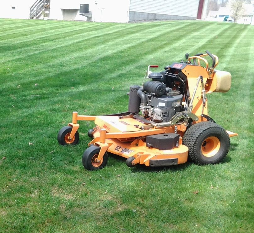 Lawn care, landscaper, lawn mowing, landscaping, mowing service, landscape service, lawn service, mowing, green ohio, green oh,