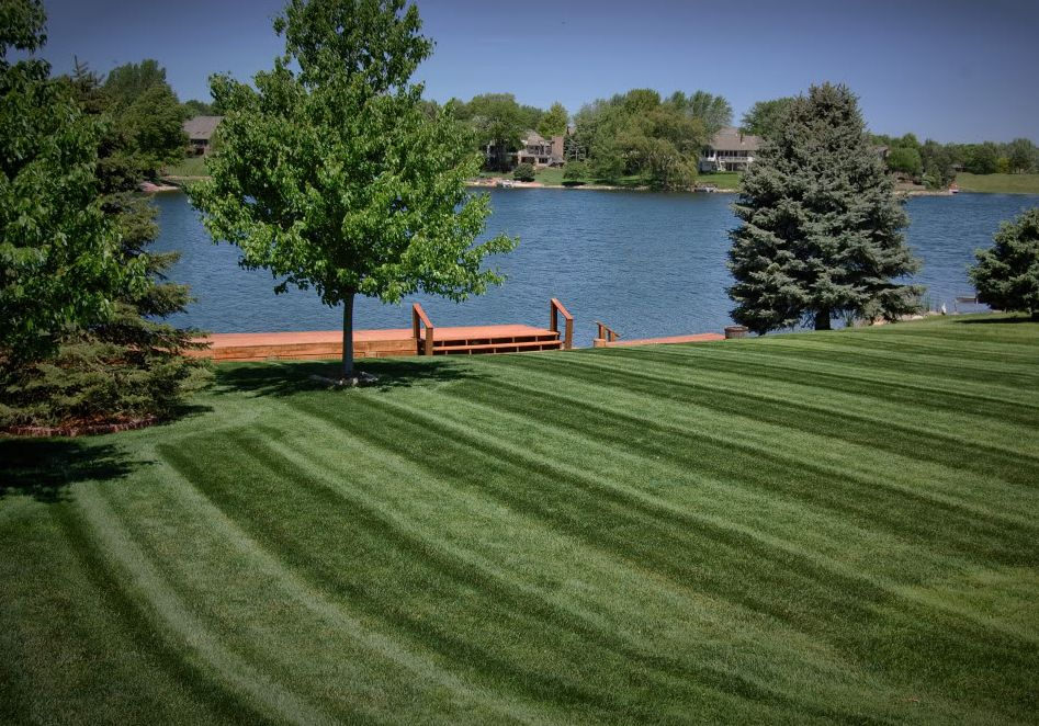 Lawn care, landscaper, lawn mowing, landscaping, mowing service, landscape service, mowing, portage lakes oh, portage lakes ohio,