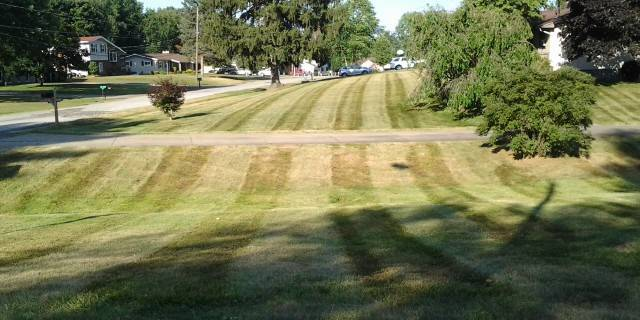 lawn care, lawn mowing, coventry ohio, lawn maintenance, coventry oh, mowing service, landscaper, mowing, 44319,