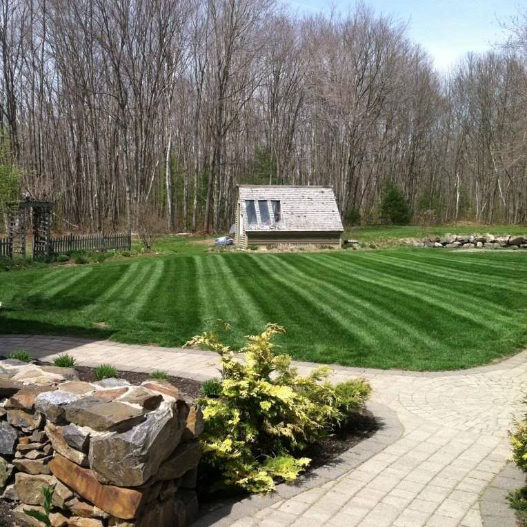 bath oh, bath ohio, lawn mowing, lawn care, landscaping, landscaper, mowing service, 44333,